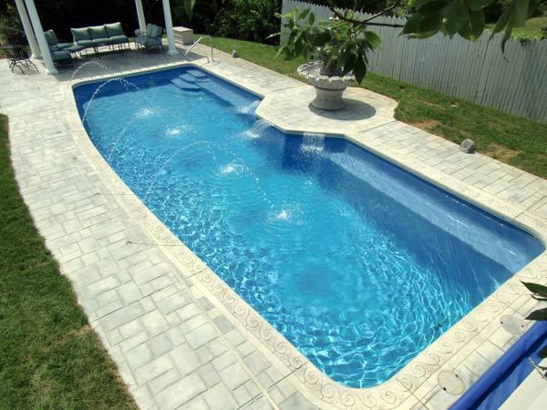 Prezzi-piscine-in-vetroresina