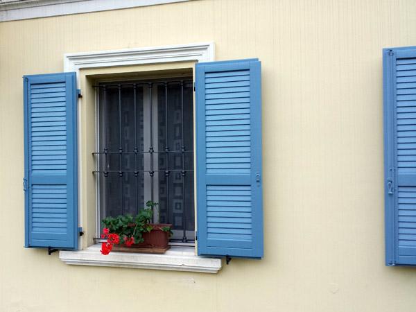 Vendita-serramenti-in-vetroresina
